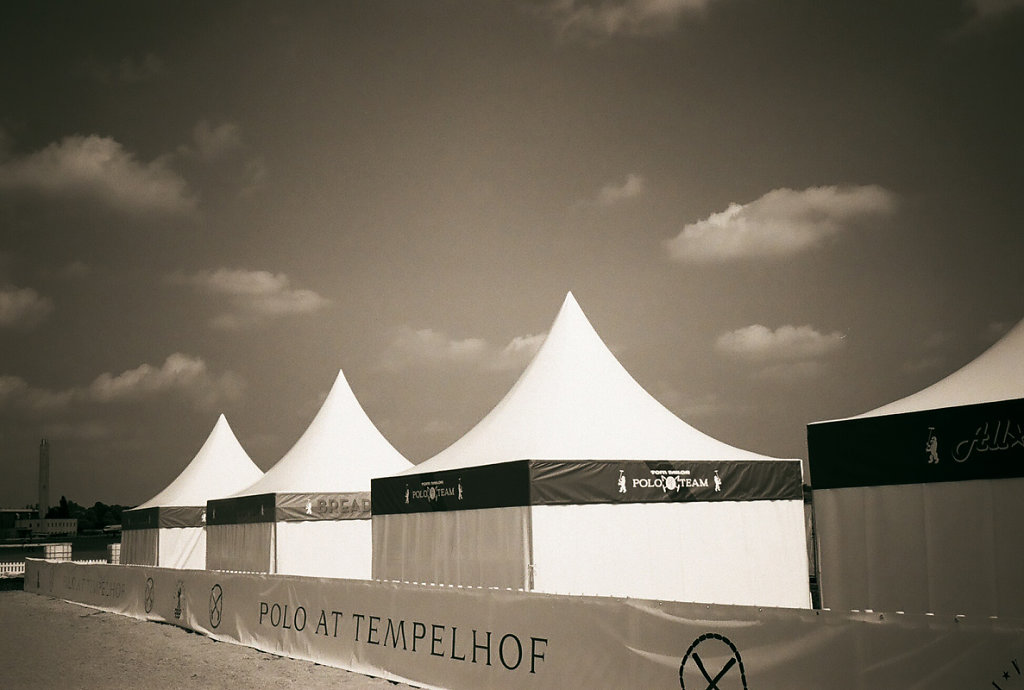 Polo-Tom-Tailors-by-Arne-Siemeit.jpg