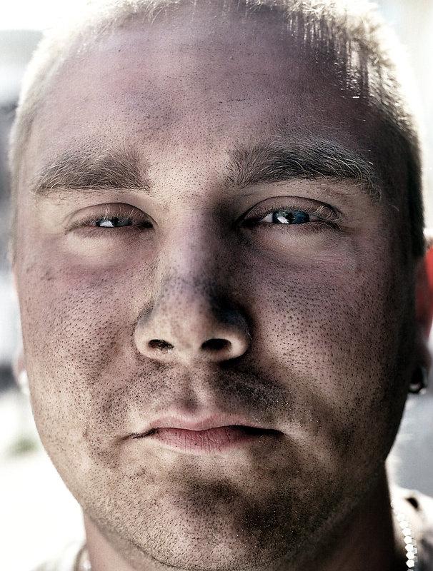 Faces-Close-Range-3-by-Arne-Siemeit.jpg